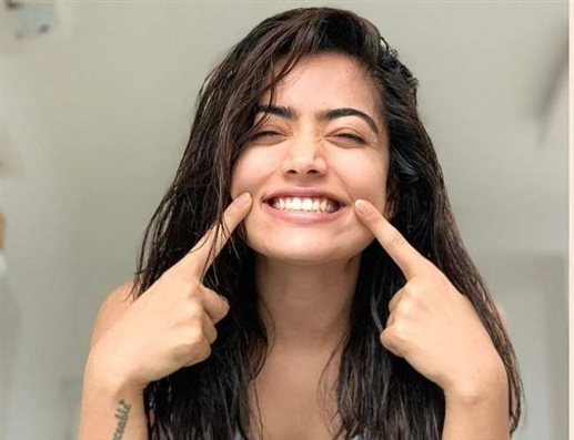National Crush Rashmika Mandanna Beautiful Southern Actress Announced by Google As National Crush 2020 See Photos