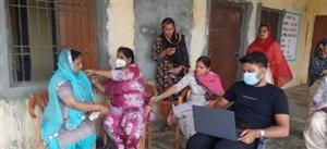 ਪਿੰਡ ਭਿੱਟੇਵੱਢ 'ਚ ਲੋਕਾਂ ਨੂੰ ਲਾਈ ਕੋਰੋਨਾ ਵੈਕਸੀਨ
