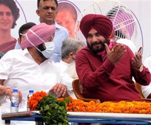 ਗੱਲ ਪਤੇ ਦੀ : Captain vs Sidhu ... ਅੱਗੇ ਹੋਰ ਲੜਾਈ ਹੈ, ਪੜ੍ਹੋ ਪੰਜਾਬ ਰਾਜਨੀਤੀ ਨਾਲ ਜੁੜੀਆਂ ਹੋਰ ਵੀ ਗੱਲਾਂ