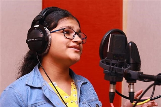 Indian girl releases special song on Modi birthday