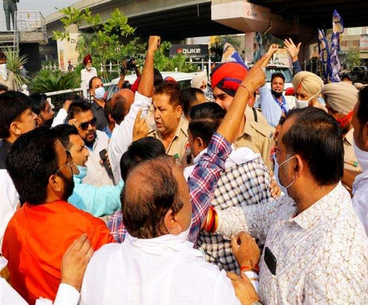 BJP workers clash with LIP workers Ludhiana