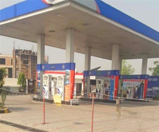Petrol pumps to close in Punjab at 5 pm Petrol pump operators decide to reduce costs|ਪੰਜਾਬ 'ਚ ਸ਼ਾਮ 5 ਵਜੇ ਹੀ ਬੰਦ ਹੋ ਜਾਣਗੇ ਪੈਟਰੋਲ ਪੰਪ! ਖ਼ਰਚ ਘਟਾਉਮ ਲਈ ਪੈਟਰੋਲ ਪੰਪ ਸੰਚਾਲਕਾਂ ਦਾ ਫੈਸਲਾ