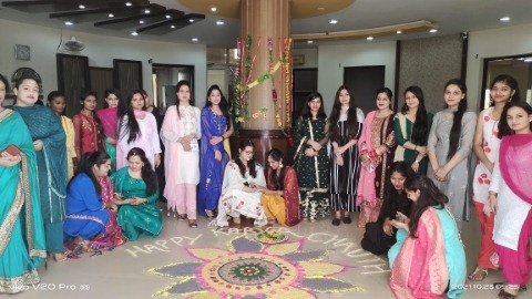 Karwa Chauth was celebrated with great fanfare at Aryans