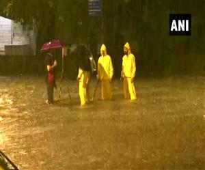 Mumbai Rain Updates: ਬਾਰਿਸ਼ ਦਾ ਕਹਿਰ, ਪਾਣੀ-ਪਾਣੀ ਹੋਈ ਮੁੰਬਈ