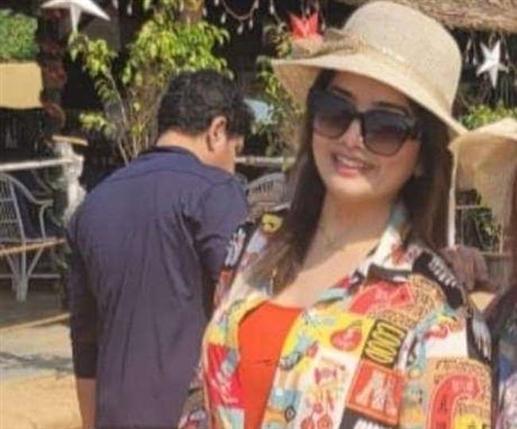 Immigration fraud queen rashmi negi arrested in chandigarh
