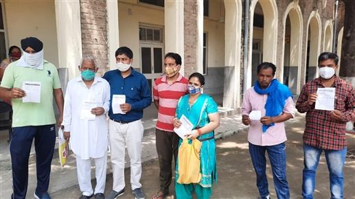 OPD services halted due to doctors strike at Government Rajindra Hospital|ਸਰਕਾਰੀ ਰਜਿੰਦਰਾ ਹਸਪਤਾਲ 'ਚ ਡਾਕਟਰਾਂ ਦੀ ਹੜਤਾਲ ਕਾਰਨ ਓਪੀਡੀ ਸੇਵਾ ਰਹੀਆਂ ਠੱਪ