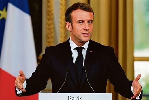 Macron talks to Naphtali during spy news