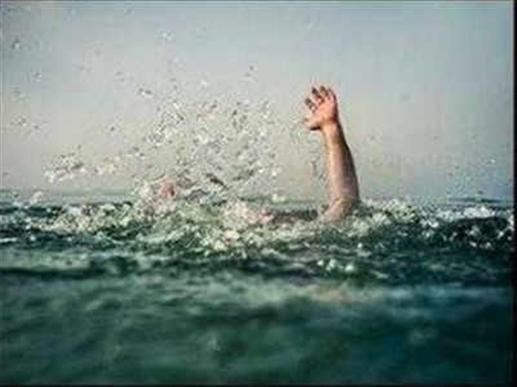 Sad News : ਲੁਧਿਆਣਾ 'ਚ ਤੇਜ਼ ਰਫ਼ਤਾਰ ਕਾਰ ਨਹਿਰ 'ਚ ਡਿੱਗੀ, ਲੜਕੀ ਸਮੇਤ ਤਿੰਨ ਨੌਜਵਾਨਾਂ ਦੀ ਮੌਤ