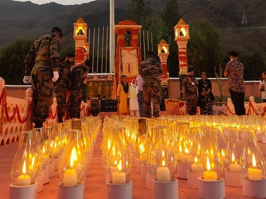 Kargil Vijat Diwas President unable to visit due to inclement weather Gulmarg to host tributes | ਖ਼ਰਾਬ ਮੌਸਮ ਕਾਰਨ ਦ੍ਰਾਸ ਨਹੀਂ ਜਾ ਸਕਣਗੇ ਰਾਸ਼ਟਰਪਤੀ