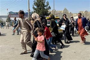 ਭੁੱਖ ਨਾਲ ਤੜਫ਼ ਰਹੇ ਬੱਚੇ ਨੂੰ ਪਰਿਵਾਰ ਨੇ 37 ਹਜ਼ਾਰ 'ਚ ਵੇਚਿਆ, ਅਫ਼ਗਾਨਿਸਤਾਨ 'ਚ ਹਾਲਾਤ ਨਾਜ਼ੁਕ