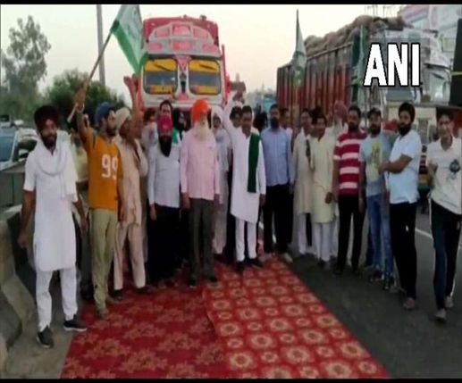bharat bandh live updates kisan bharat bandh today route divert at many places police on alert