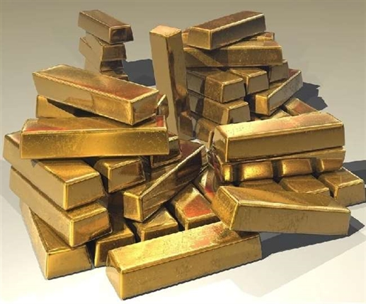 Gold spot prices fall silver rises