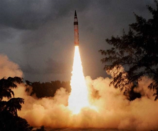 India tests Agni 5 ballistic missile with a range of 5000 km find out its merits