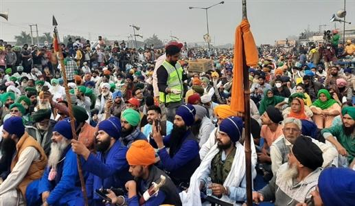 Singhu Border Nihangs Mahapanchayat of Nihangs announces not to leave border with mutual democracy
