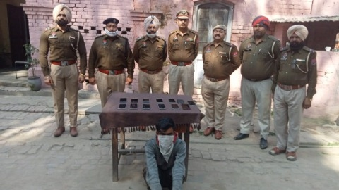 13 stolen Mobile and Two Thousand cash recovered