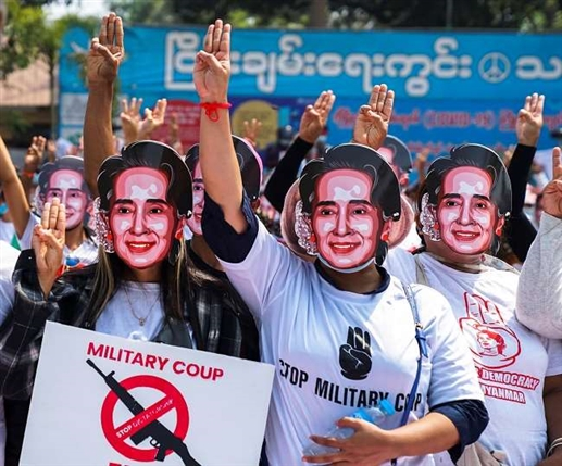 Army fires on protesters in Myanmar killing five injuring several