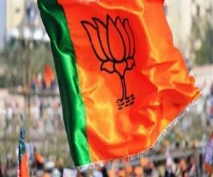 ਨਾਜਾਇਜ਼ ਸ਼ਰਾਬ ਫੈਕਟਰੀ ਮਾਮਲੇ 'ਚ BJP ਆਗੂ ਰਾਜਨ ਅੰਗੁਰਾਲ ਨੇ ਕੀਤਾ ਆਤਮ ਸਮਰਪਣ