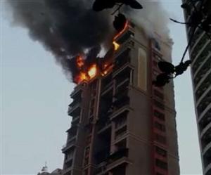 ਮਿਲਾਨ 'ਚ 20 ਮੰਜ਼ਿਲਾ Residential Tower Block 'ਚ ਲੱਗੀ ਭਿਆਨਕ ਅੱਗ, ਨਿਵਾਸੀਆਂ ਨੂੰ ਕੱਢਣ 'ਚ ਲੱਗੇ ਬਚਾਅ ਕਰਮੀ