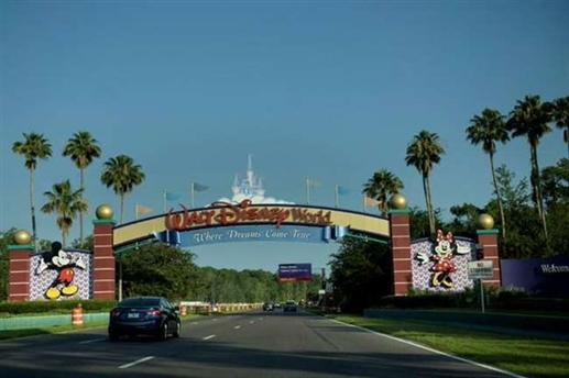 Disney will lay off 28000 employees of Corona Theme Park