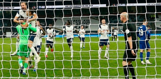 Tottenham won 5  4 in a penalty shootout finishing in the last eight
