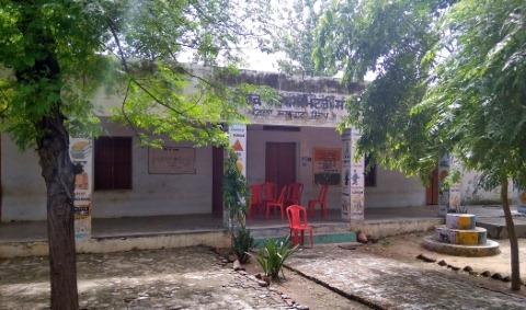 Singer Mohammad Rafis native village Kotla Sultan Singh deprived of his proper memory