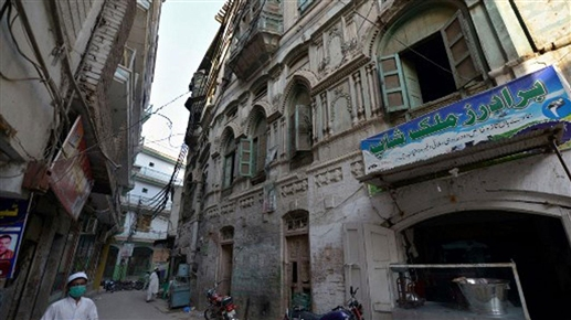 Heavy rains in Peshawar damage Raj Kapoor and Dilip Kumars ancestral mansions